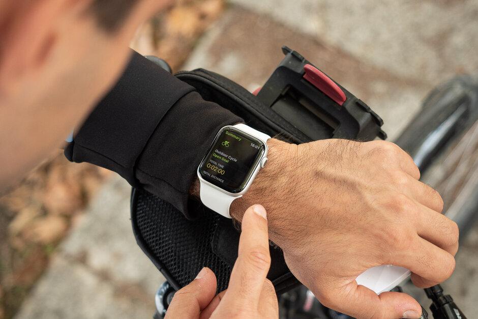 مراجعة Apple Watch Series 5