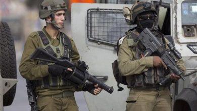Photo of الكيان الصهيوني يعتقل شابا فلسطينيا في رام الله