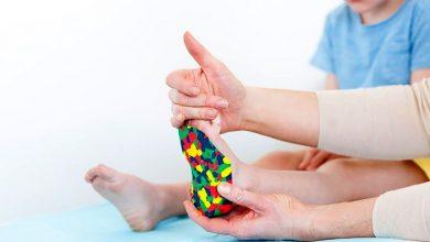 صورة خذ تسطح قدم الطفل على محمل الجد