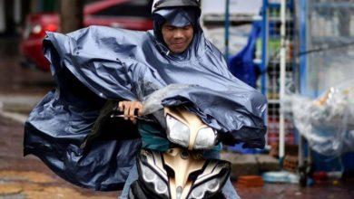 صورة مقتل 13 شخصا على الأقل وفقد عشرات بعدما ضرب إعصار فيتنام