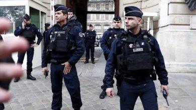 """صورة قتلى وجرحى في هجوم بسكين في مدينة نيس والشرطة الفرنسية تتحدث عن """"قطع رأس امرأة"""""""