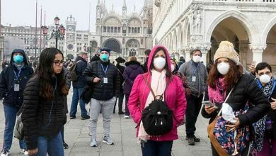 صورة  الحكومة الفرنسية تعلن توسيع فرض وضع الكمامات ليشمل الأطفال